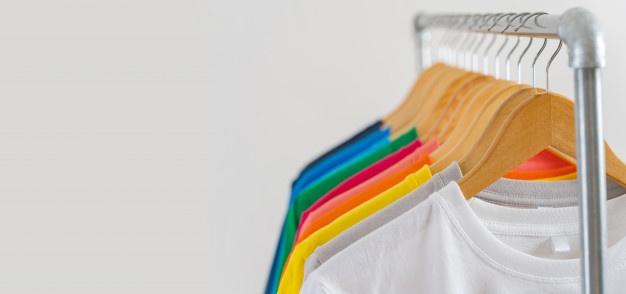 8 Cara Mencuci Baju Agar Tidak Luntur