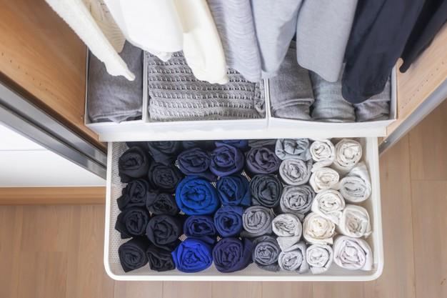 5 Cara Melipat Pakaian Agar Lemari Rapi