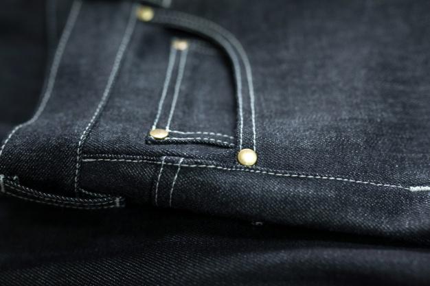 merawat jeans hitam