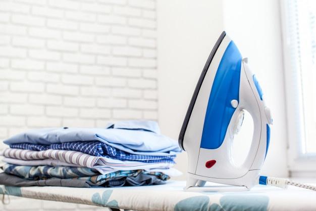 membersihkan baju thrift